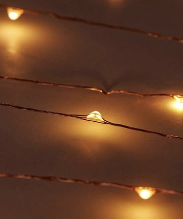 Urban Outfitters 照明 Extra Long Copper Firefly String Lights(4)