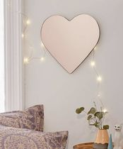 Urban Outfitters(アーバンアウトフィッターズ) パーティーグッズ Heart Mirror
