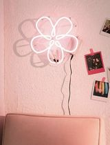 Daisy Neon Sign