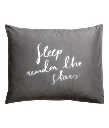 ★H&M HOME 英字プリントピローケース