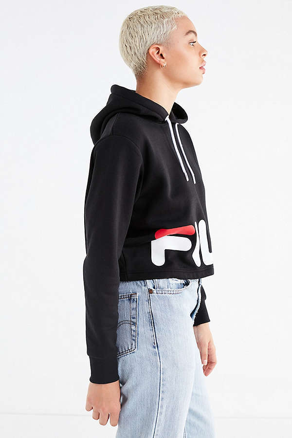*FILA*クロップドパーカー FILA + UO Cora Cropped Hoodie
