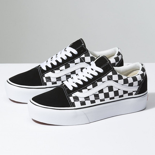 送料/関税込!VANS Checkerboard Old Skool Platform