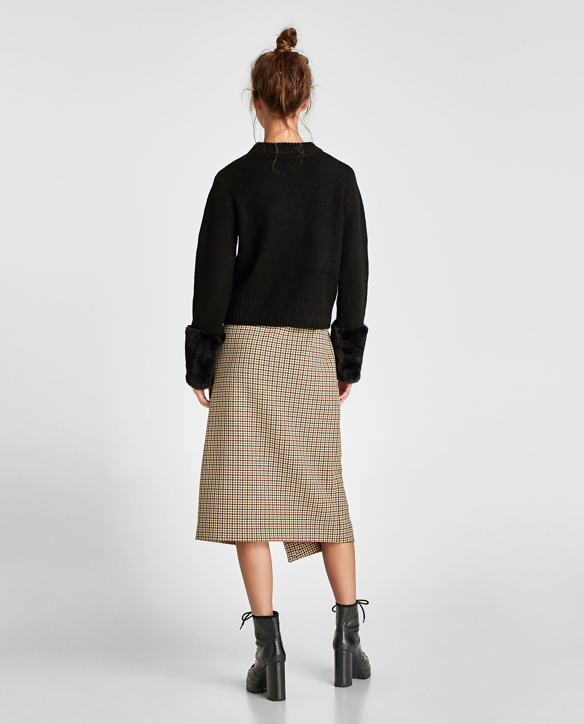 【送料込】ZARA*袖ファー付き♪ SWEATER WITH TEXTURED CUFFS