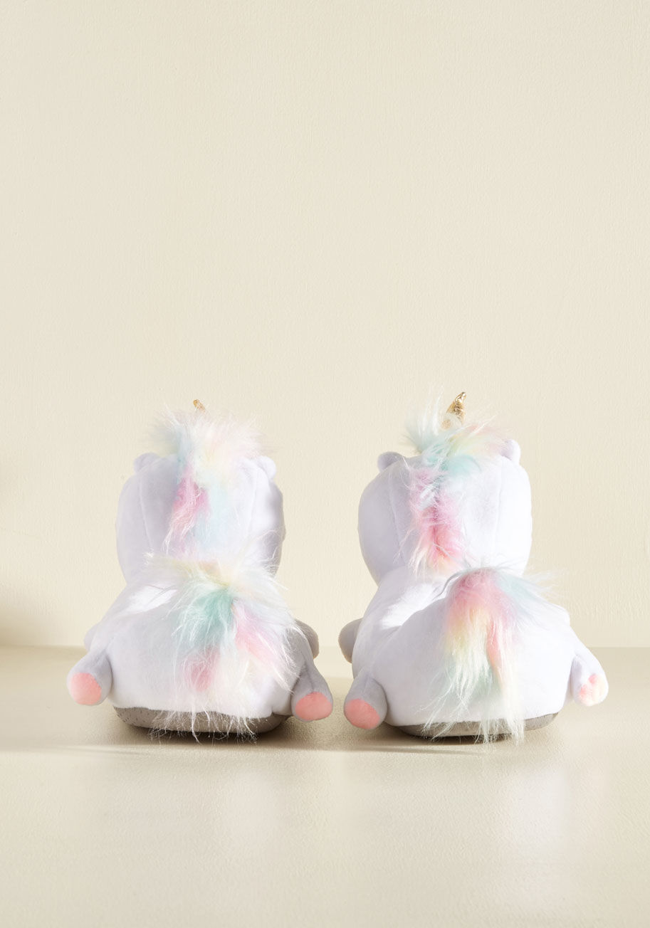 ◎送料込み◎ unicorn light my life slippers