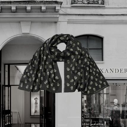*Alexander McQueen*All-over Skull Scarf BLACK/IVORYスカーフ