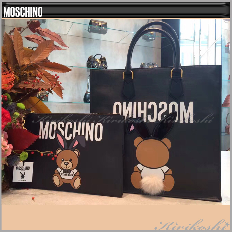 ◆Moschino17AW最新作◆くまちゃんロゴ入りショルダーバッグ黒◆