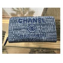 新作 CHANEL(シャネル) CHANELロゴ入りSMALL ZIPPED WALLET