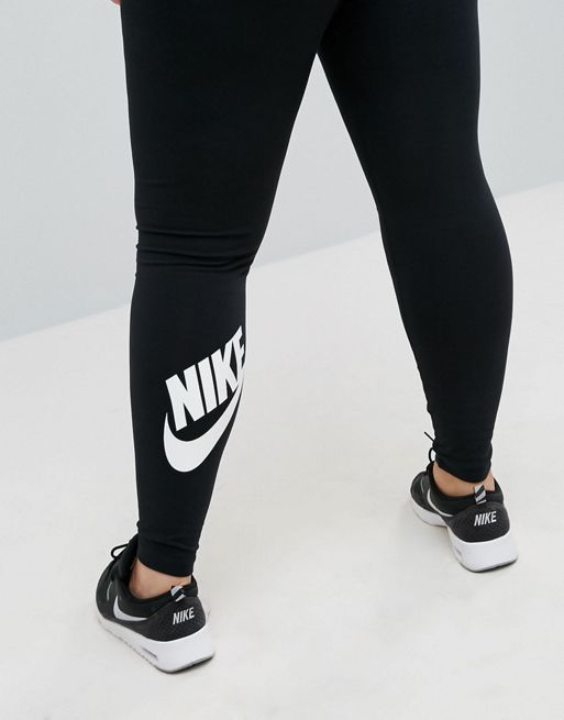 日本未入荷! NIKE!Plus Logo Leggings In Black★レギンス★