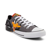 Sale!! CONVERSE Chuck Taylor  Looney Tunes Daffy & Bugs