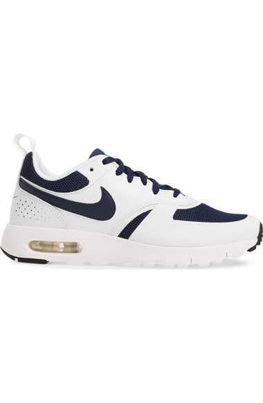 ナイキ Air Max Vision GS Sneaker (Big Kid) キッズシューズ