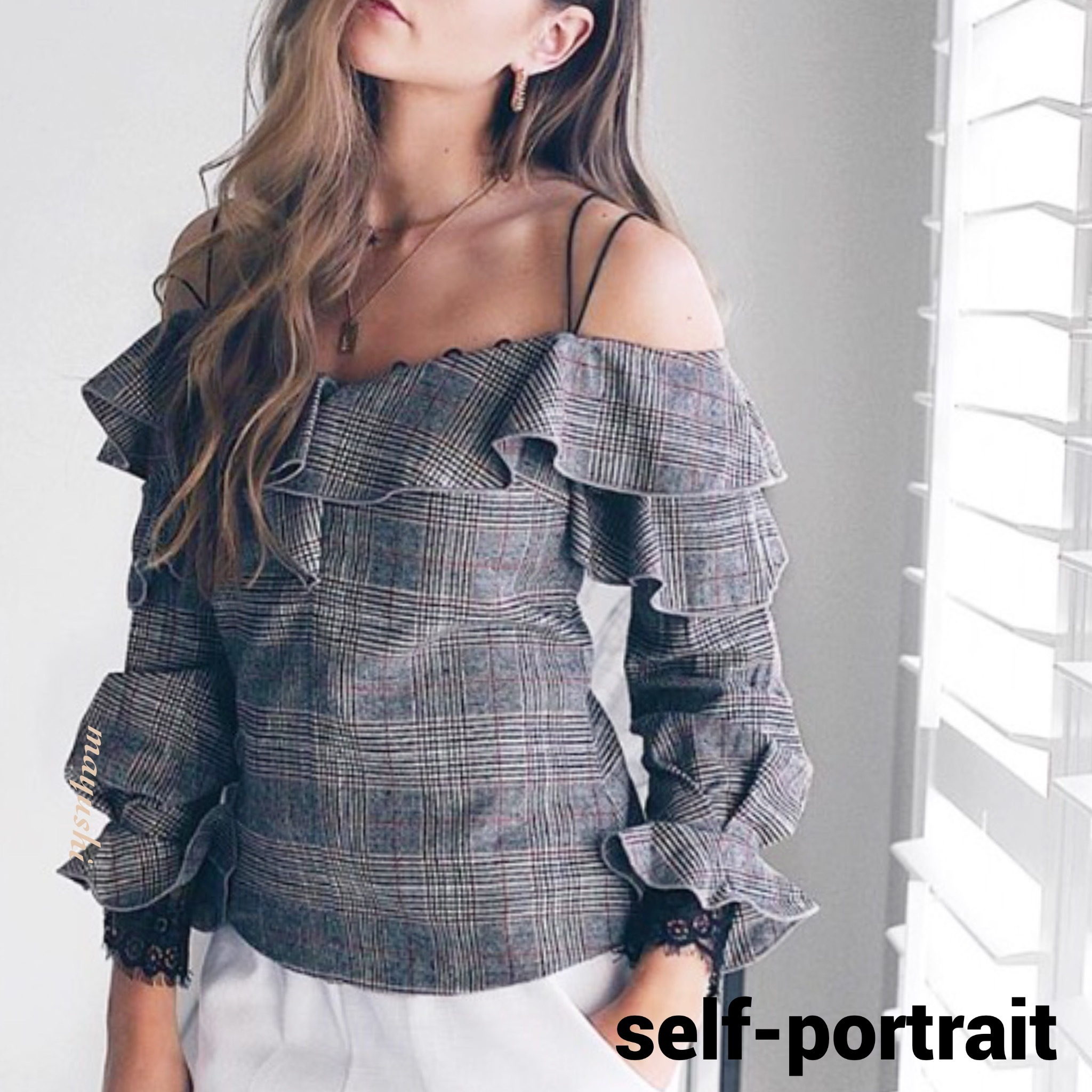 【限定Sale】Self Portrait♡check off shoulder frill top