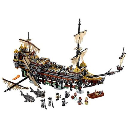LEGO Pirates of the Caribbean Silent Mary 71042 Building
