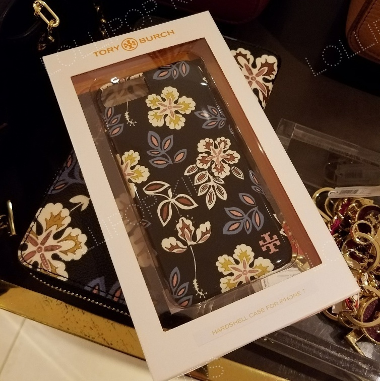 セール!Tory Burch★ HARDSHELL IPHONE CASE 7