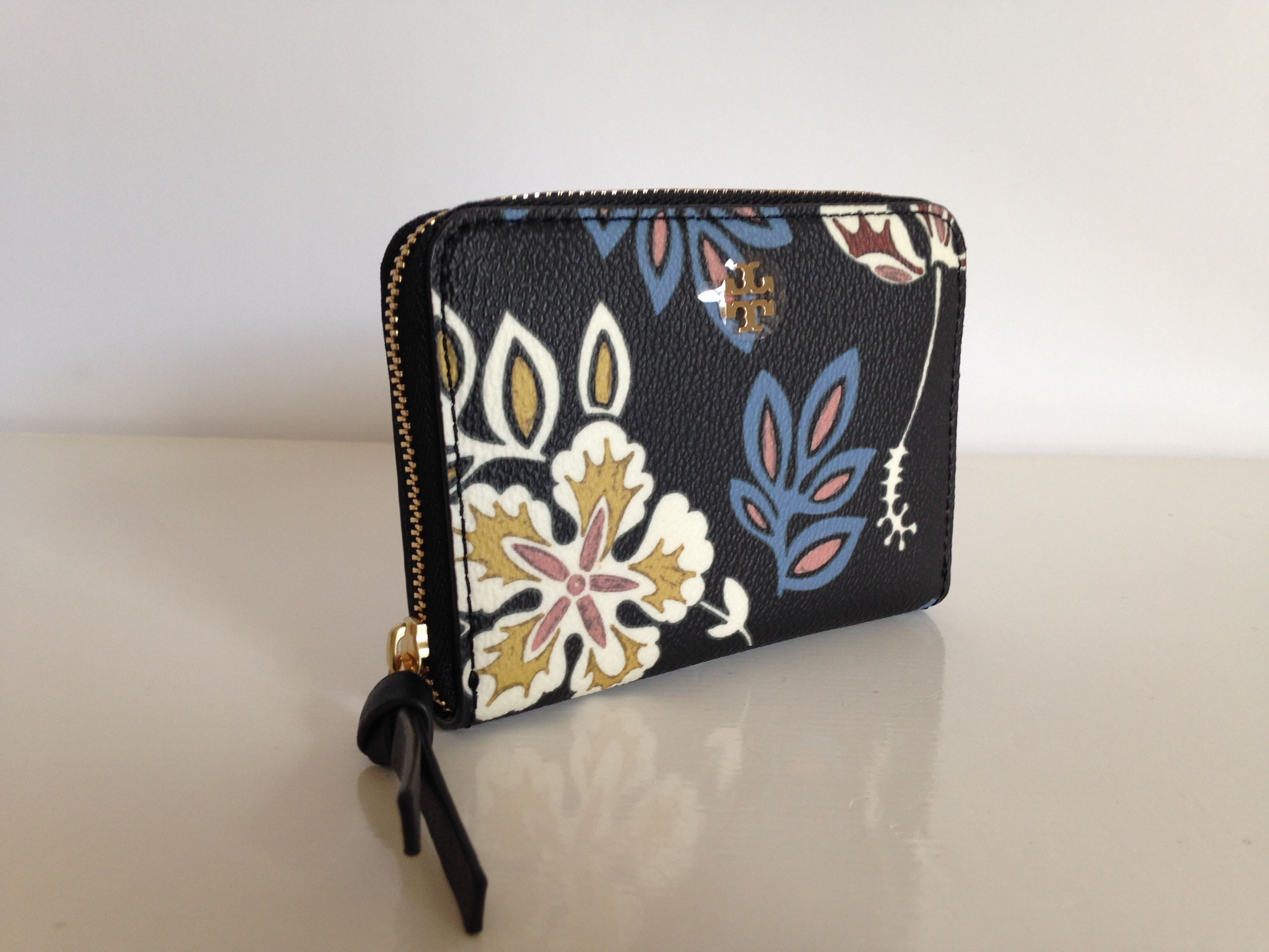 Tory Burch KERRINGTON HOPEWELL FLORAL ZIP COIN CASE 即発送