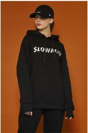 SLOW ACIDのLettering Training hoodie 全3色