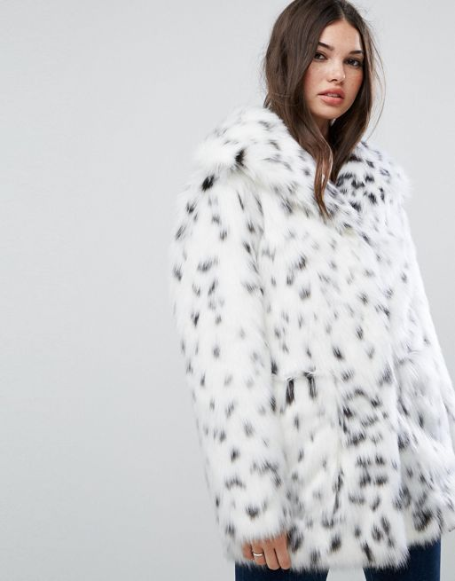 送料込み☆ASOS Faux Fur Jacket in Snow Leopard コート