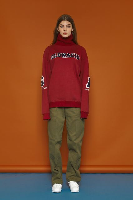 SLOW ACIDのSA Turtleneck Sweatshirt 全3色
