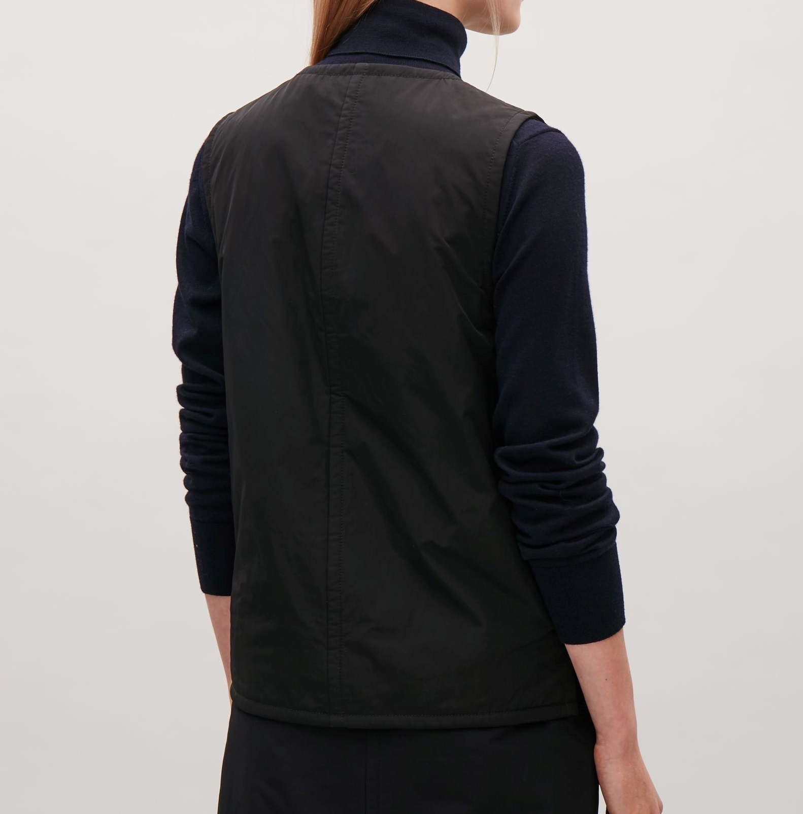"""COS""PADDED GILET BLACK"
