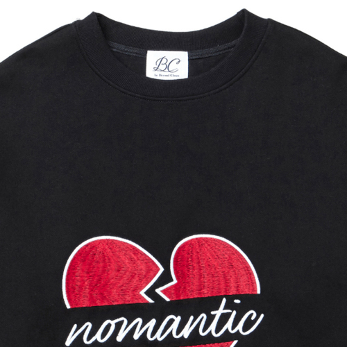 ★beyond closet★(起毛)BIG NOMANTIC LOGO T-SHIRTS(BK)