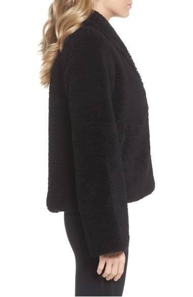 大人気 ALO Yoga Cozy Up High Pile Fleece Crop  スウェット
