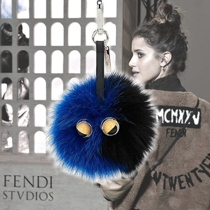 **FENDI**モンスターキーチェーン Monster Key Chain Blue