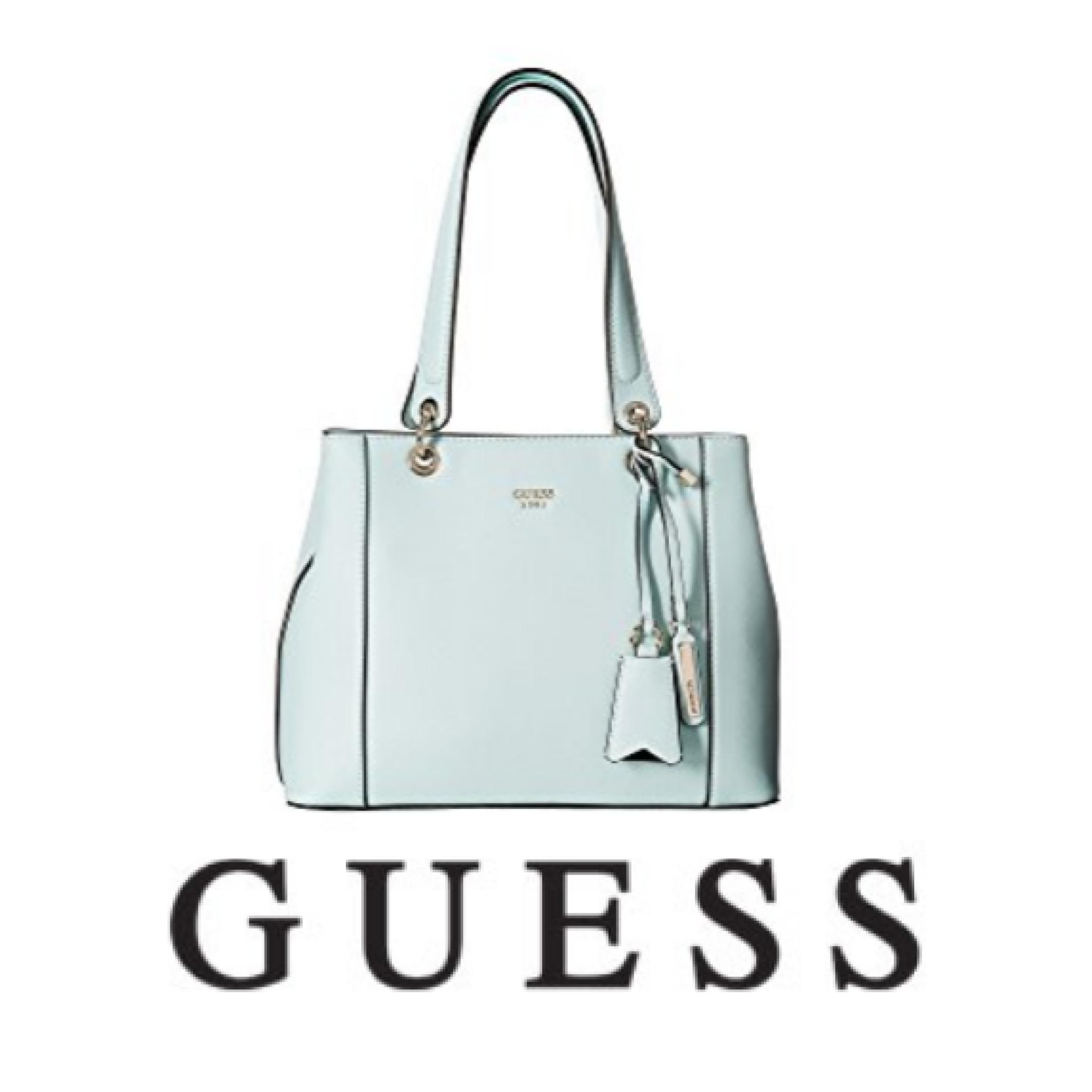 GUESS Kamryn Shopper