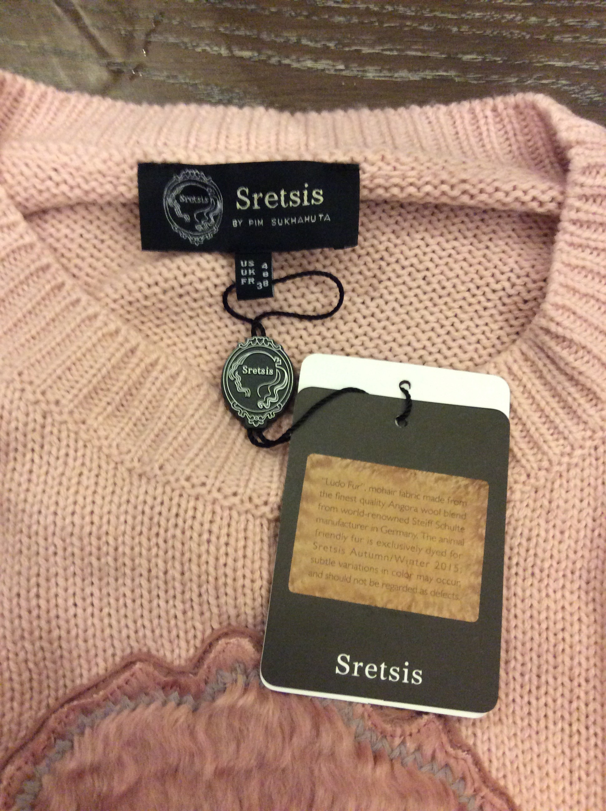 Sretsis Knitted Sweather (Pink / New / US4)