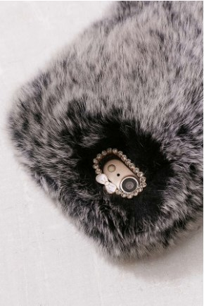 【関税・送料込】Cozy Faux Fur iPhone 8/7 Case