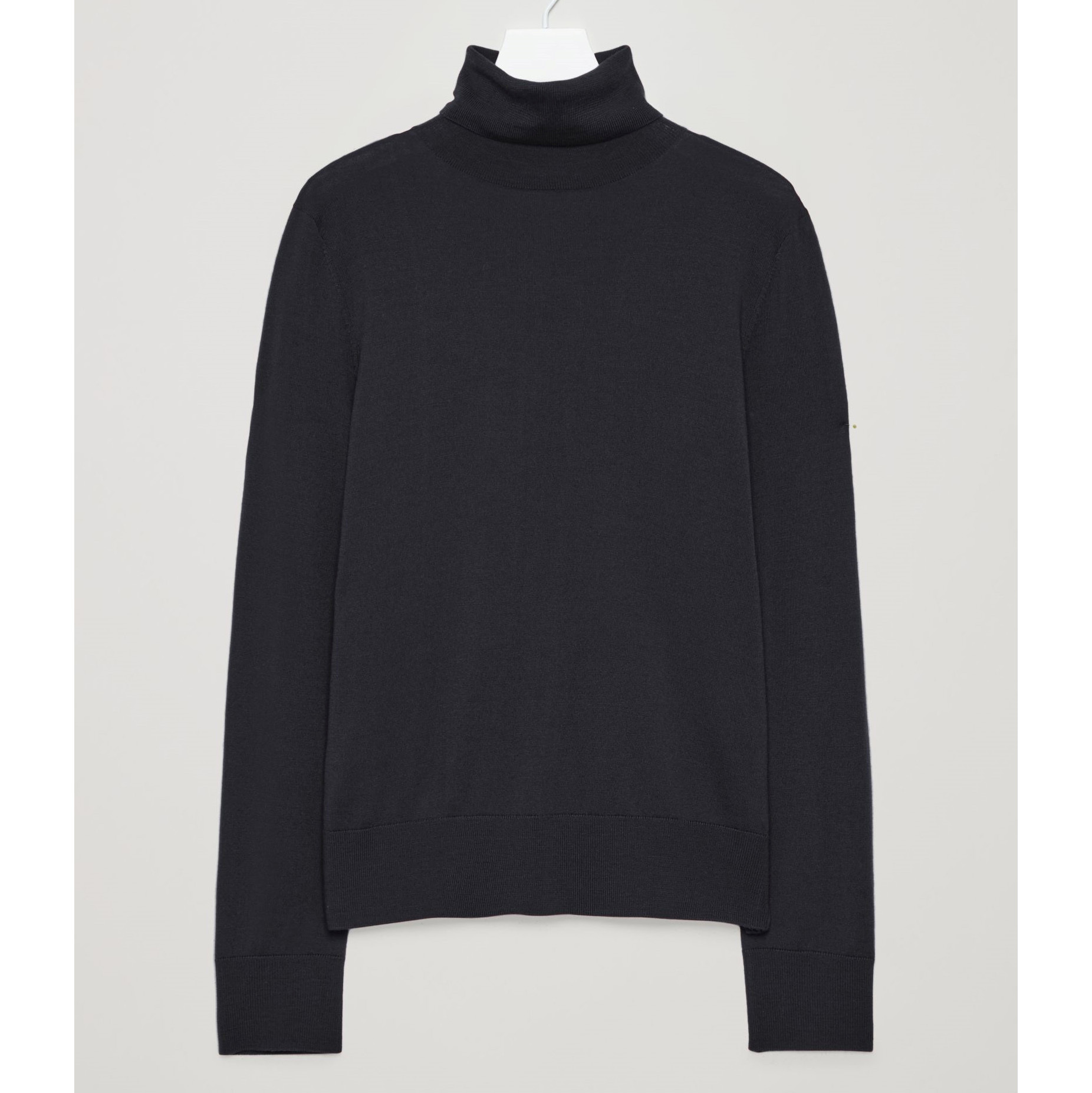 COS☆ROLL-NECK MERINO JUMPER / navy
