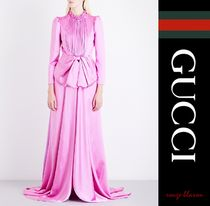 【国内発送】GUCCI ガウン Bow-detail pleated satin gown