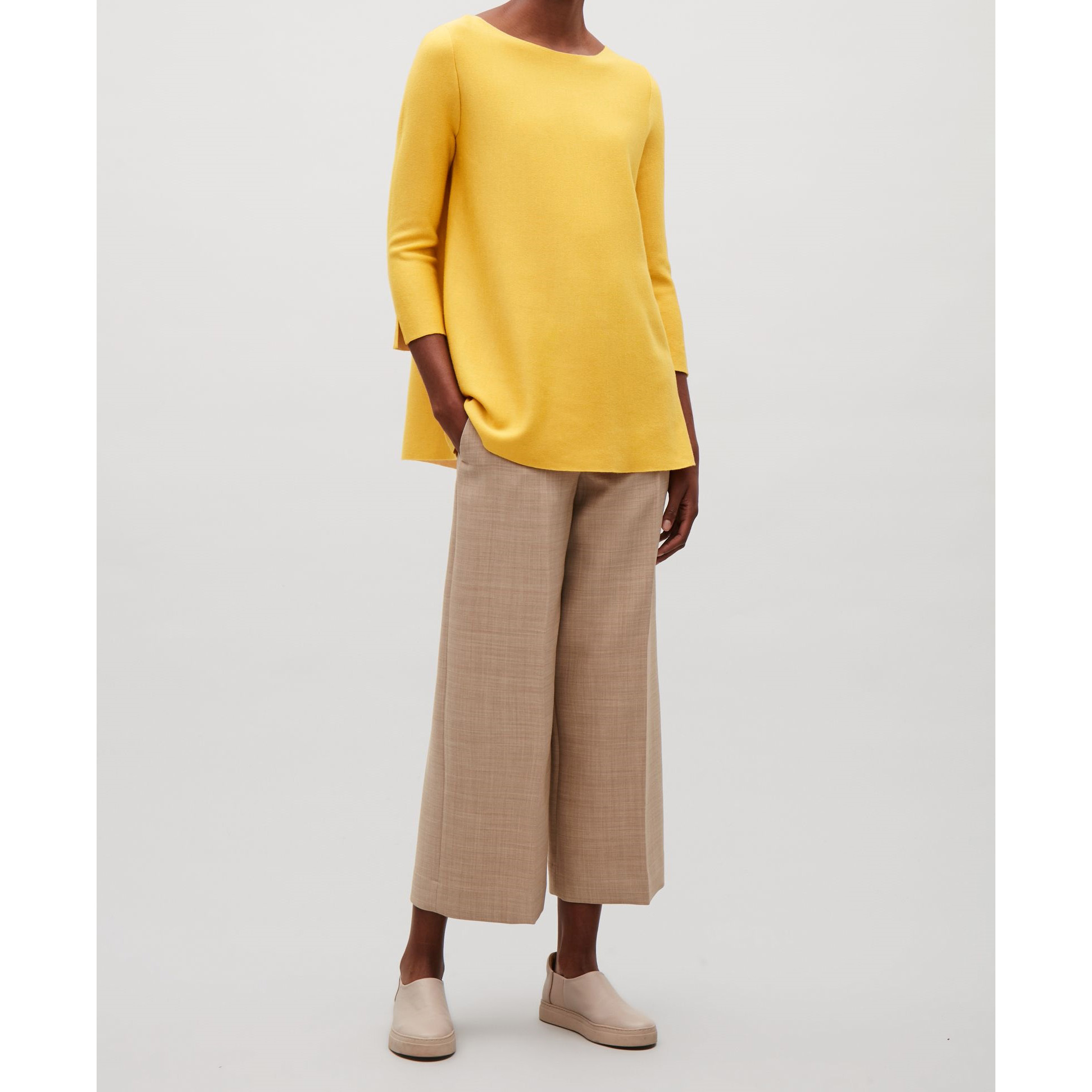 COS☆CONTRAST LINED A-LINE JUMPER / yellow
