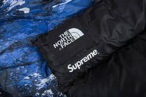 FW17 Supreme TNF MOUNTAIN NUPSTE ブランケット♡