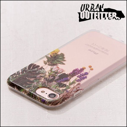 Urban Outfitters スマホケース・テックアクセサリー Urban Outfitters☆ リアルなフラワー柄♪ iPhoneケース 6/7/8用(3)