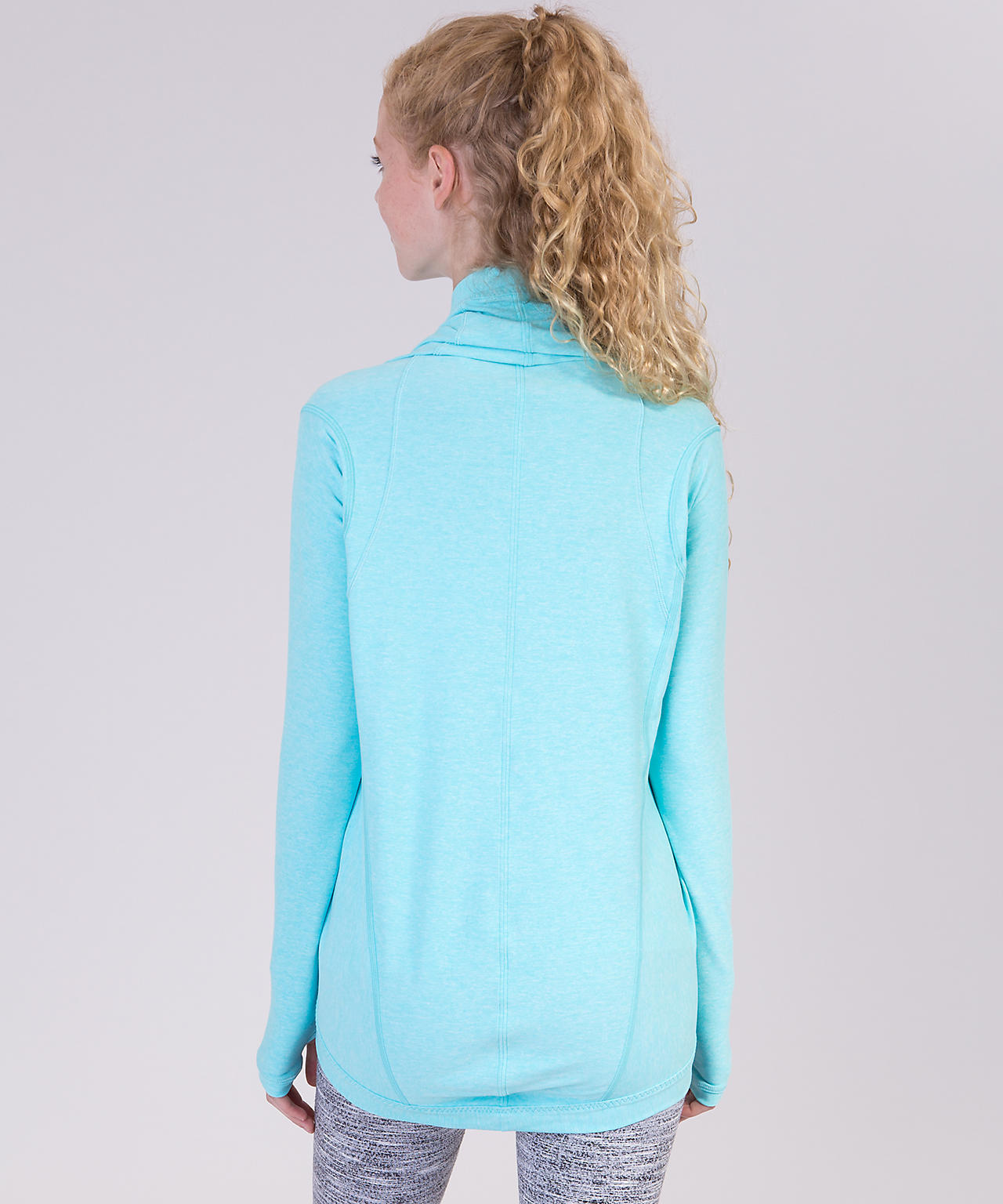 <ivivva by lululemon> Four Count Shrug 着方自在なトップス