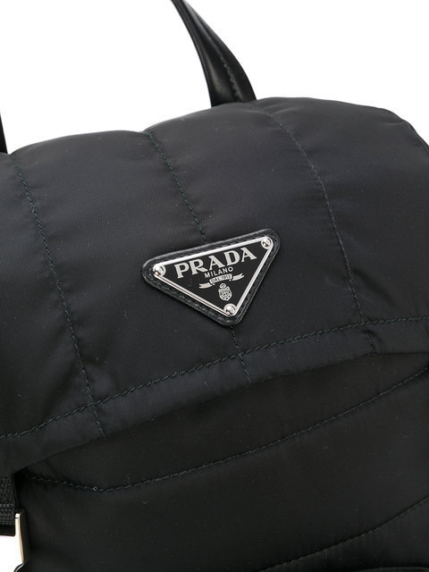 関税・送料込 Quilted logo plaque backpack バッグ