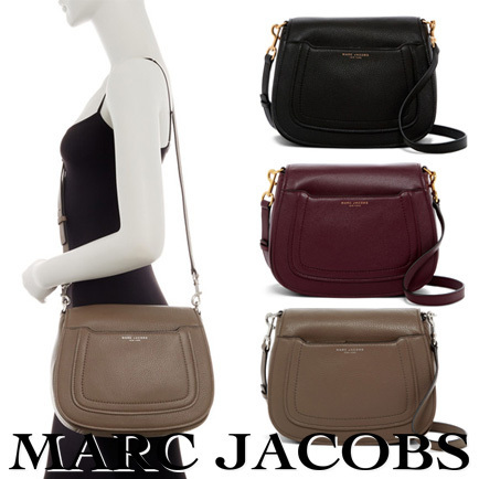 ★セール価格★Marc Jacobs Empire City Messenger Leather Bag