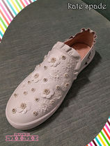 お花が可愛いスニーカーkate spade lilly sneakers☆rose gold