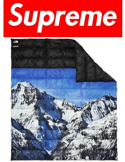 [SUPREME] FW17 Wk15 The North Face Mountain Nupste Blanket
