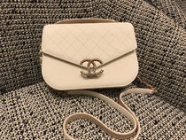 Chanel 18C♡2Way flap bag White♡EMS発送