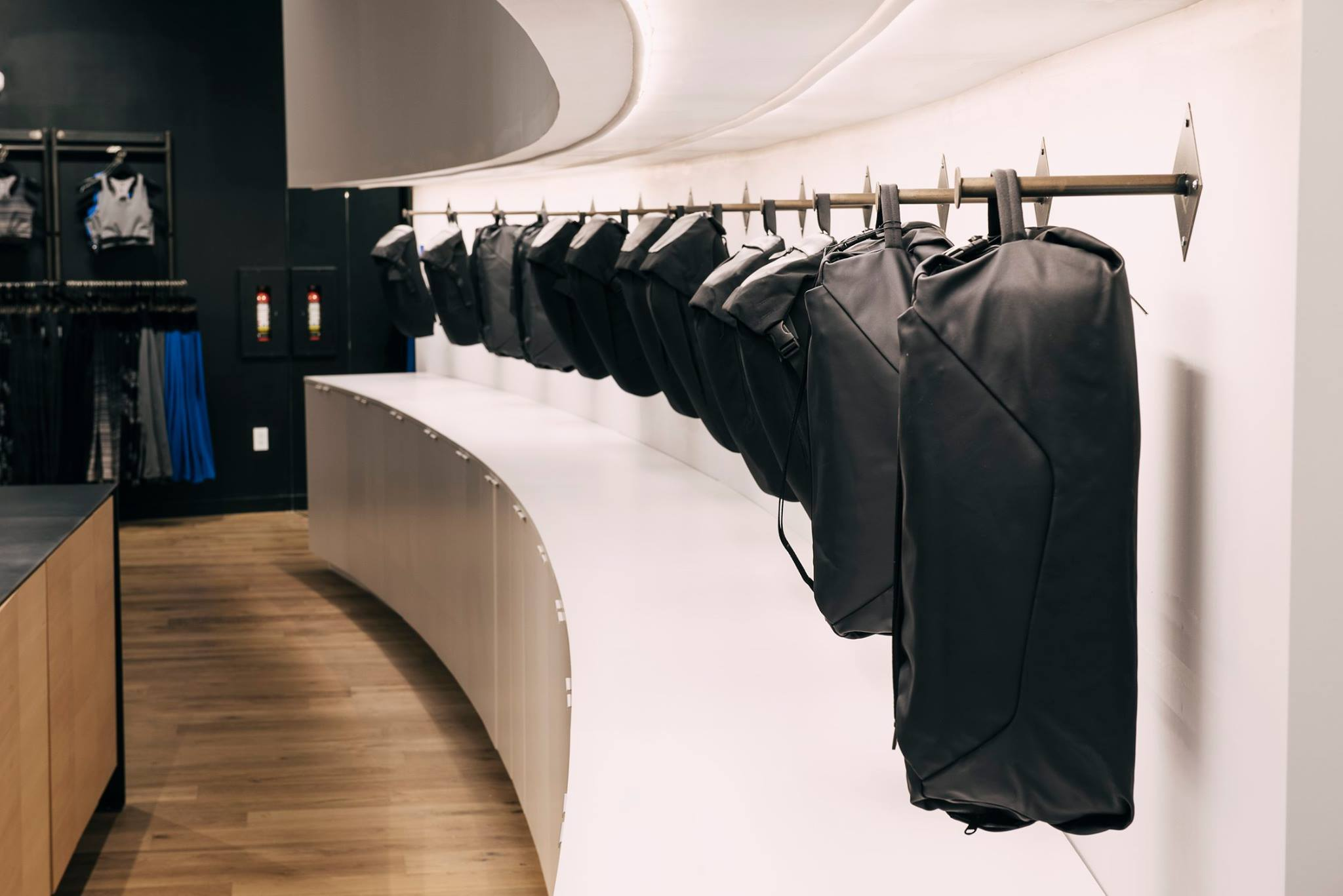 【 RYU Apparel 】★ QUICK PACK LUX 18L // 4色展開
