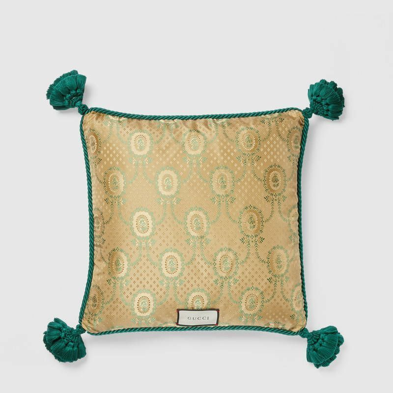 【GUCCI(グッチ)】 cushion with snake embroidery