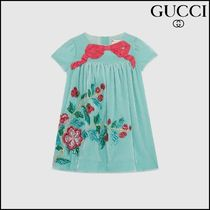【GUCCI(グッチ)】 Baby velvet dress with embroidery