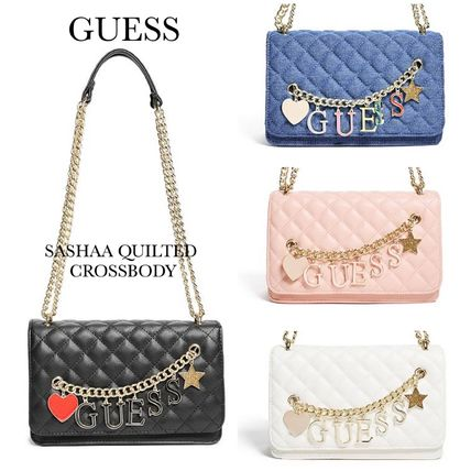 ☆GUESS☆新作♪チャームが可愛い☆キルトクロスボディバッグ☆