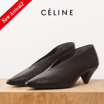 新作SALE♪大人気♡CELINE SOFT V NECK PUMP45,Black