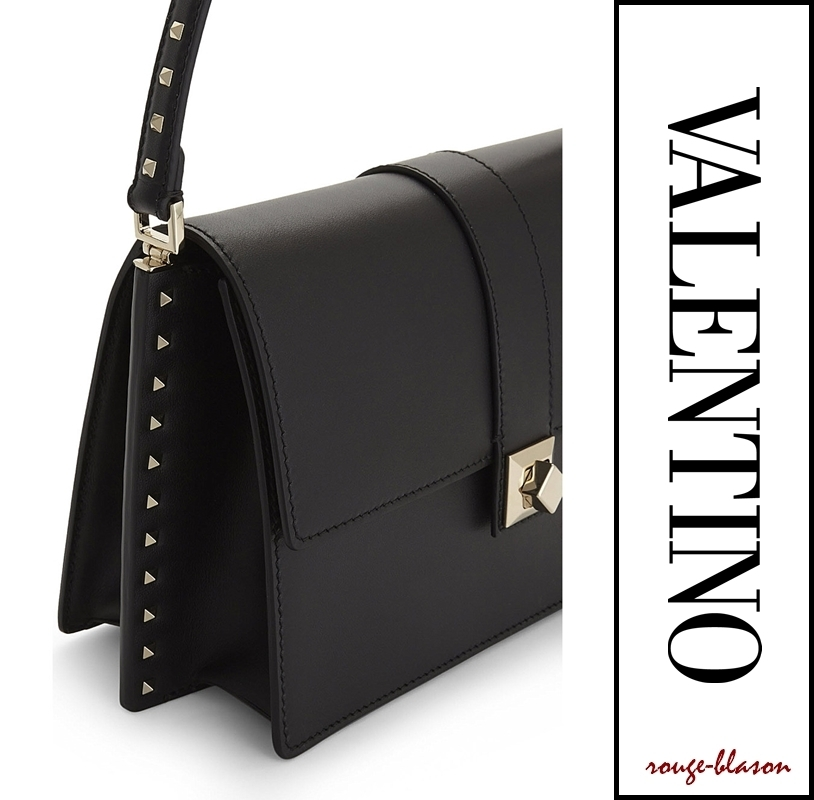 【国内発送】Valentino バッグ Side stud leather shoulder bag