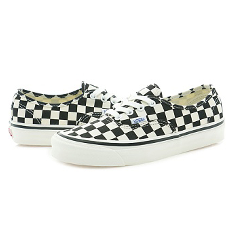 VANS★関税込み★AUTHENTIC 44 DX ★BLACKス ニ ー カ ー★0099