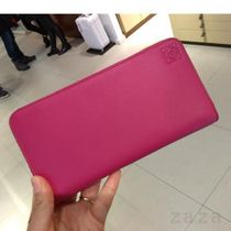 LOEWE VIP セール★ロエベ Zip around wallet Fucsia