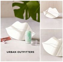 Urban Outfitters(アーバンアウトフィッターズ) 鏡  UrbanOutfitters☆唇テーブルトップミラー☆税送込