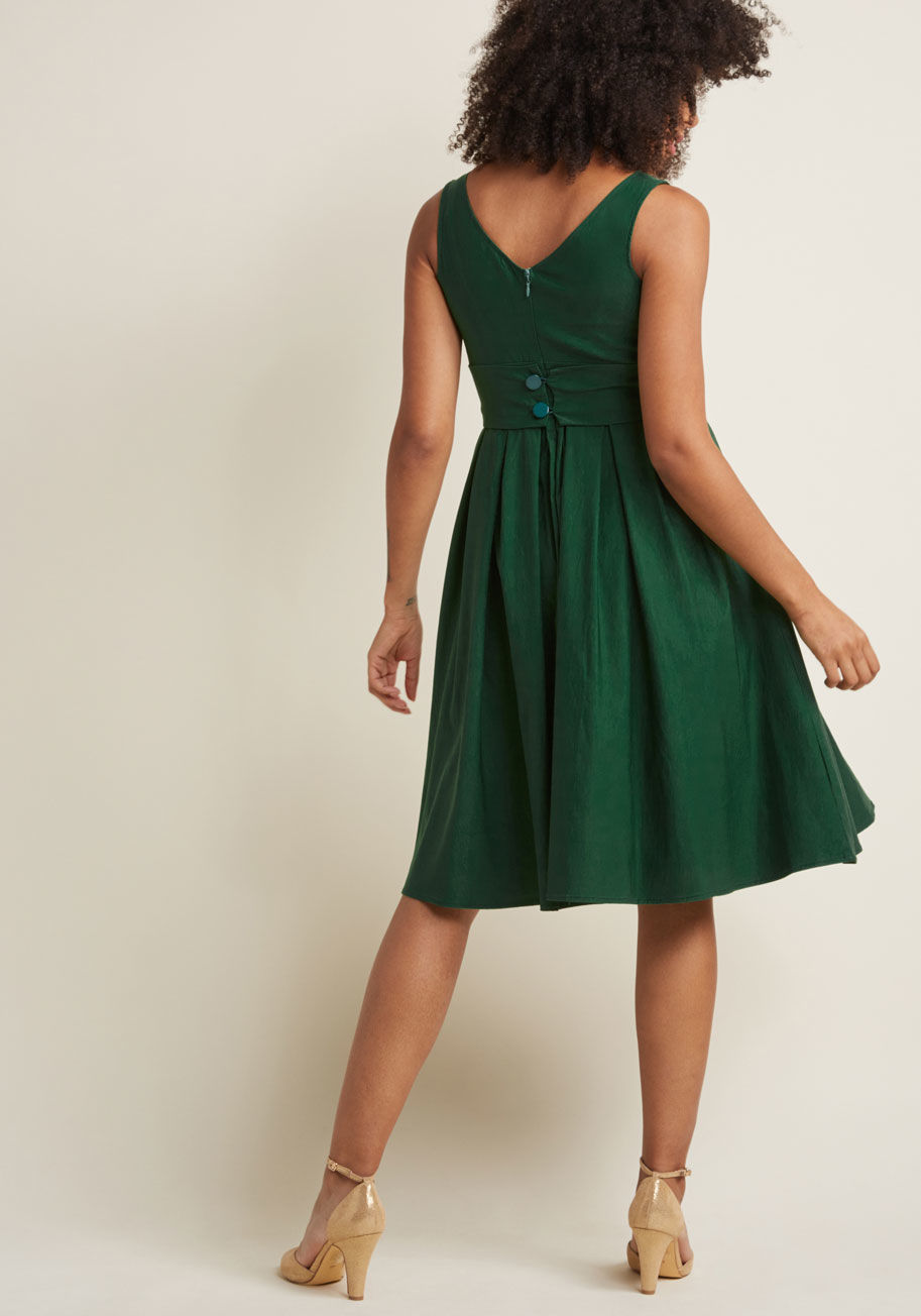 ◎送料込み◎  certified stunner midi dress in green