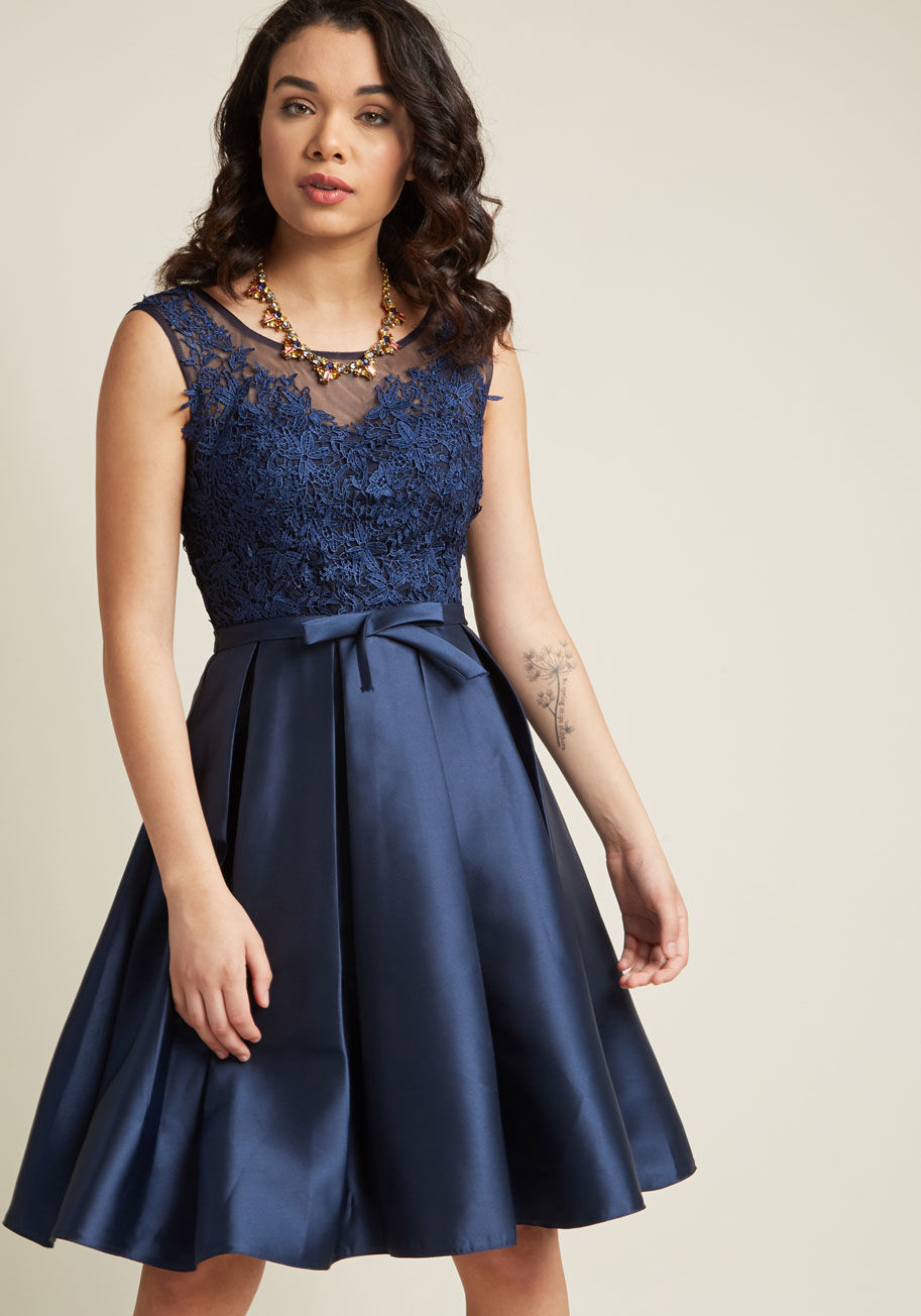 ◎送料込み◎  fit and flare dress with lace bodice in navy